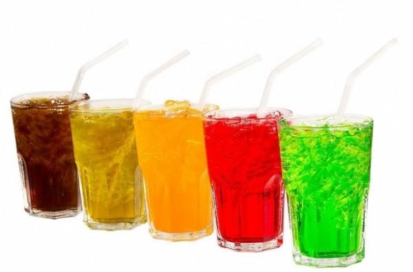 8 loại thực phẩm âm thầm khiến răng ố vàng